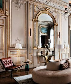 Enjoy this home-tour in Paris