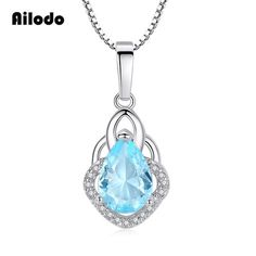 Drop Pendant Necklace For Women Crystal Fashion Jewelry Necklaces, Fashion Necklace, Jewelry Accessories, Couple Necklaces, Metal Necklaces, New Heart, Drop, Necklace Types, Heart Shapes