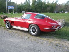 66 Corvette coupe