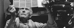 Fritz Getlinger (* 21. Juni 1911 in Retz (Niederösterreich); † 16. November 1998 in Kleve) war ein deutscher Fotograf.    Der Fotograf und Getlinger-Schüler Stefan Möller porträtierte Fritz Getlinger in der Dunkelkammer. Hier ging der Kampf um das richtige Foto, den guten Print weiter. Historical Figures, Art