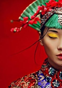 new Ideas hair color asian hats Portrait Photography, Fashion Photography, Foto Fashion, Red Fashion, Asian Fashion, Fashion Ideas, Vogue Covers, China Girl, Oriental Fashion