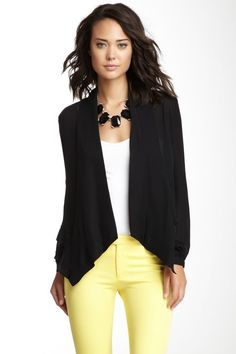 720f446e44 sweater and yellow pants! Claudia Orozco · Business Casual Mujer