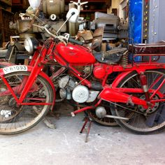 An old Guzzi I found in a fantastic junk shop outside Valencia. Sadly it had already been sold...