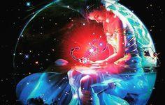 Conociendo las fases de la Luna en un momento determinado nos beneficiamos de la energía propia de la fase, la cual adquiere la energía del Signo que transita. Influye en nuestro comportamiento y en nuestro cuerpo.