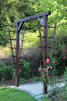 Rosenbogen bauen