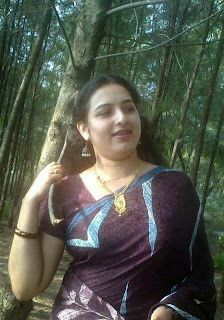 Aunties Indian desi Aunties: Indian Hot sexy aunties contact Numbers and detail...