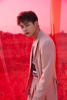 SHINee New Album 'The Story of Light' 2018.05.28