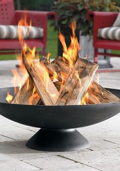 Hello, Chester, let's spend the evening together. The wood-burning Chester Fire Pit is sexy. No one can argue with us.