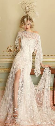 vintage lace wedding dress....yes to the dress.... no to the horrible headpiece
