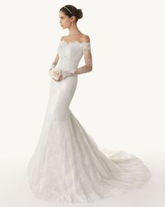 @Laura Sonnier - you would be stunning in this. It is Old Hollywood and elegance!