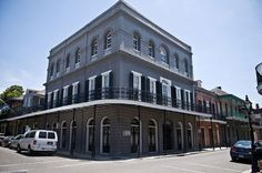 Lalaurie Mansion – 1140 Royal St, New Orleans Delphine Lalaurie, the real life inspiration for the character in American Horror Story: Coven Most Haunted Places, Spooky Places, Famous Haunted Houses, Haunted Towns, Ghost Towns, Visit Usa, Places To Visit, Vacation, Mansions