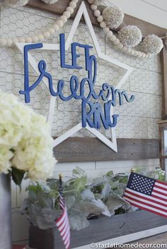 Tips and tricks on creating the perfect of July front porch on a budget. Various decor for entry way, mantle, and front door. 4th July Crafts, Fourth Of July Decor, 4th Of July Celebration, 4th Of July Decorations, 4th Of July Party, July 4th, Patriotic Party, Holiday Decorations, Fourth Of July Chalkboard