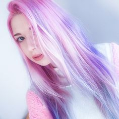 Pastel pink and purple ombre hair color Ombre Hair Color, Cool Hair Color, Purple Hair, Purple Ombre, Green Hair, Ombré Hair, Dye My Hair, Emo Hair, Pelo Color Gris