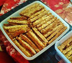 Ελληνικές συνταγές για νόστιμο, υγιεινό και οικονομικό φαγητό. Δοκιμάστε τες όλες Greek Cookies, Bread Rolls, Food Hacks, Food Art, Cookie Recipes, Bacon, Appetizers, French Toast, Food And Drink