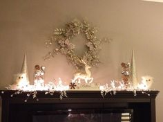 Christmas mantle in silver, white. Understated with sparkles Christmas Foods, Christmas Balls, Christmas Holidays, Christmas Ideas, Merry Christmas, Christmas Decorations, Xmas, Holiday Decorating, Decorating Ideas