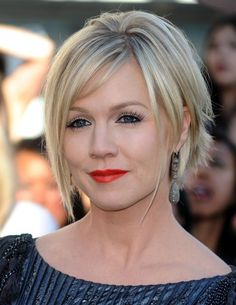 Jennie Garth Short Hairstyle with Bangs  I kinda really like this!! To keep growing out or go short????