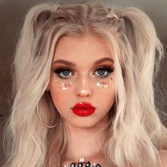 Music Festival Makeup Coachella Boho 24 Ideas For 2020 Music Festival Makeup, Festival Makeup Glitter, Beauty Make-up, Beauty Hacks, Hair Beauty, Beauty Tips, Festival Make Up, Festival Looks, Coachella Make-up