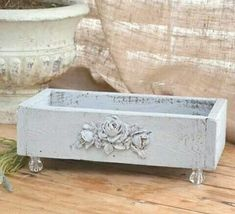 Diy Sewing Projects, Sewing Diy, Shabby Chic Furniture, Hope Chest, Furniture Makeover, Diy Ideas, Craft Ideas, Granny Smith, Canvas