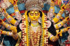 Chanting this powerful and life changing Maa Durga Kavach brings protection, great fortune, fame and fulfillment of all wishes to the practitioner.