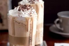 Frappe, Toffee Bars, Beverages, Drinks, Coffee Recipes, Amazing Cakes, Smoothies, Diy And Crafts, Food And Drink