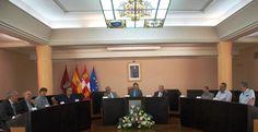 """Francisco Onieva y Jacobo Llano ganan """"ex aequo"""" el XVI Premio de Poesía Jaime Gil de Biedma http://revcyl.com/www/index.php/cultura-y-turismo/item/7725-francisco-onieva"""