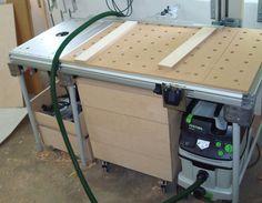 MFT/ CMS Erweiterung von Felix   Holzwerkerblog von Heiko Rech Workshop Storage, Workshop Organization, Tool Storage, Festool Cms, Festool Tools, Woodworking Bench, Woodworking Tools, Workbench Table, Workbench Ideas