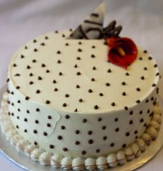 Chocolate cake with vanilla frosting