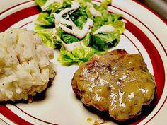 Slow-Cooker-Salisbury-Steak