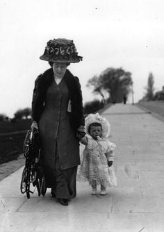 A mother walks with her baby and holds the new Sturgis baby carriage which can be folded up and carried. Get premium, high resolution news photos at Getty Images Antique Photos, Vintage Pictures, Vintage Photographs, Old Pictures, Vintage Images, Old Photos, Vintage Abbildungen, Vintage Beauty, Vintage Ladies