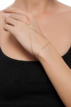 d & # Arc Exclusive – White Stone Rose V Shahmeran – Typical Miracle Weird Jewelry, Hand Jewelry, Cute Jewelry, Body Jewelry, Gold Fashion, Fashion Rings, Fashion Jewelry, Hand Armband, Accesorios Casual