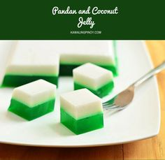 Pandan and Coconut Jelly is a fun dessert made of coconut milk, pandan extract, and agar-agar. With two colorful layers, it's as fun to make as it's to eat! Jelly Desserts, Fun Desserts, Delicious Desserts, Dessert Recipes, Yummy Food, Filipino Desserts, Asian Desserts, Filipino Recipes, Filipino Food
