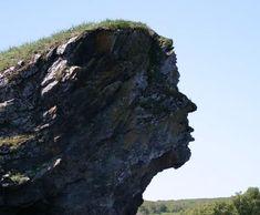 Stone faces: Simulacrum.