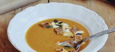 Fűszeres sárgarépa-édesburgonya krémleves – Smuczer Hanna