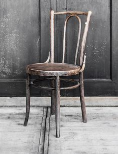 Authentieke Thonet-stoel - Old wooden chair - Unique piece - #WoonTheater