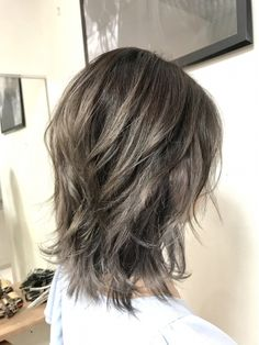 Pin on ヘアカタログ Pin on ヘアカタログ Medium Hair Styles For Women, Short Hair Styles, Pelo Ulzzang, V Shape Hair, Bob Haircut For Fine Hair, Medium Shag Haircuts, Asian Short Hair, Ash Blonde Hair, Long Wavy Hair