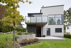 Moderni kivitalo, lisää ideoita www.lammi-kivitalot.fi Outside House Paint Colors, Paint Colors For Home, Home Fashion, House Painting, Habitats, Interior And Exterior, Mansions, Architecture, House Styles