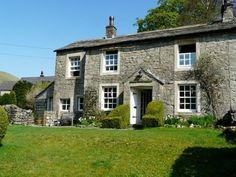 Welcome to Croft House, a stunning stone cottage set in the heart of the Yorkshire Dales National Park. #familycottage #holidaylet #yorkshirecottage #yorkshirebreak #familybreak #ukholiday #yorkshiredales
