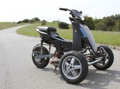 Sway Is An All-Electric Tilting Trike Scooter