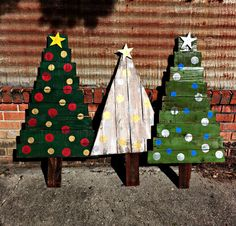 Our rustic outdoor Christmas trees would be a great add to your Holiday decor. We have recently added new variations to this design to accommodate