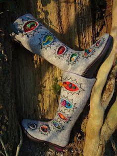 Grey felt boots with vibrant elements from Mobifilz Needle Felting Tools, Wooly Bully, Felt Boots, Felted Slippers, Wool Applique, Nuno Felting, Handmade Felt, Felt Art, Felt Crafts