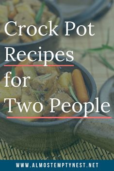 Stroganoff for Two Crockpot Meals for Two. Recipes for chicken tacos, chili, and beef stroganoff for two people.Crockpot Meals for Two. Recipes for chicken tacos, chili, and beef stroganoff for two people. Crockpot Recipes For Two, Crockpot Dishes, Crock Pot Slow Cooker, Crock Pot Cooking, Slow Cooker Recipes, Gourmet Recipes, Meat Recipes, Crockpot Meals, Chicken Recipes