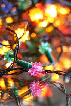 How To Decide Whether Christmas Lights Are Worth Fixing