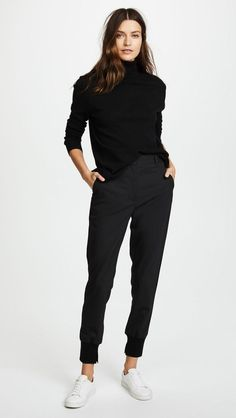 Classic Work Outfits, Casual Work Outfits, Mode Outfits, Work Casual, Casual Chic, Comfy Work Outfit, Chic Outfits, Black Work Outfit, Black Outfits