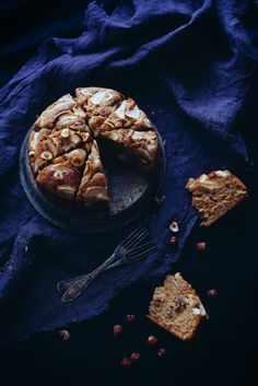 Apple cake with cinnamon, hazelnuts and maple syrup