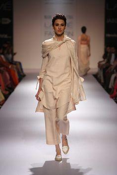 Soumitra Mondal at Lakme Fashion Week Winter/Festive 2014 Nikkah Dress, Pakistani Dresses, Indian Dresses, Indian Outfits, Lakme Fashion Week, India Fashion, Indian Attire, Indian Wear, Ourfit