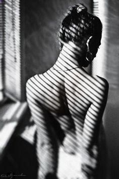 Sumision...el escarceo del amor..la escarcha de unas heridas que aunque quieras darles la espalda...retornan a ti