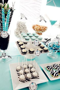 How to Plan a Tiffany Blue Theme Wedding |