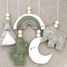 Baby Crafts, Felt Crafts, Diy And Crafts, Diy For Kids, Crafts For Kids, Sewing Projects, Craft Projects, Baby Mobile, Ideias Diy