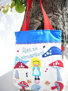 """Alice in wonderland"""": Fabric bag with lining and interior pocket"""