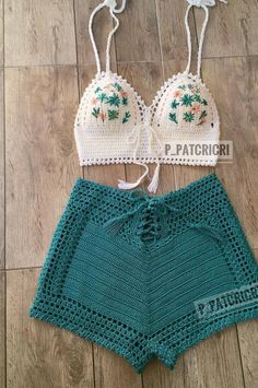 Stylish Free Crochet Top Pattern Design Ideas and Images - Page 15 of 40 - Daily Crochet! # knit crochet top outfit Stylish Free Crochet Top Pattern Design Ideas and Images - Page 15 of 40 - Daily Crochet! Crochet Top Outfit, Crochet Beach Dress, Crochet Clothes, Crochet Dresses, Crochet Outfits, Motif Bikini Crochet, Crochet Crop Top, Crochet Shorts Pattern, Crochet Tops